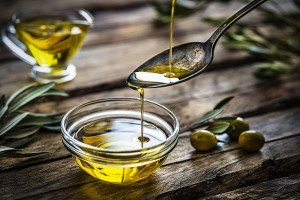 pouring-extra-virgin-olive-oil-royalty-free-image-1597238508