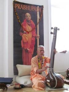 Gurudev&Prabhupada